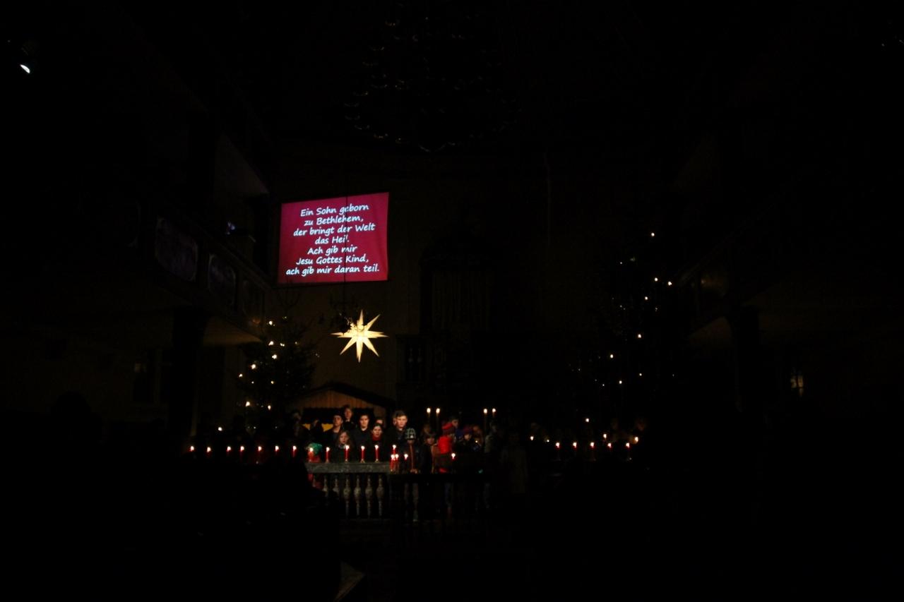 24.12.2014, xkvx, Kirche, Krippenspiel Seligenthal 2014, v.l. Foto: Voigt