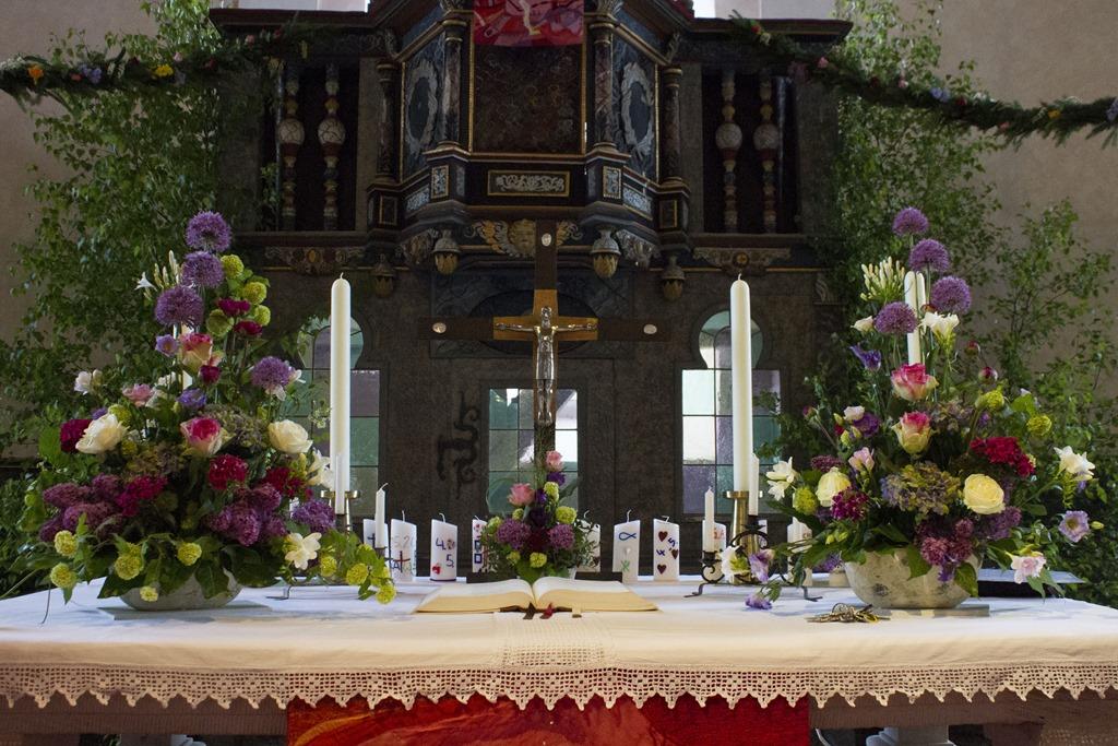 Wie In Jedem Jahr Sind Die Strüther Konfirmanden Die Ersten, Die Die  Konfirmation Feiern. Der Gottesdienst Beginnt Am 3. April Um 13 Uhr In Der  Kirche.